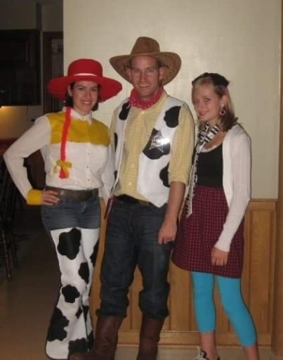 Toy Story Woody and Jessie Halloween Costumes DIY