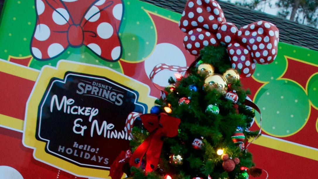 disney-springs-christmas-tree-trail